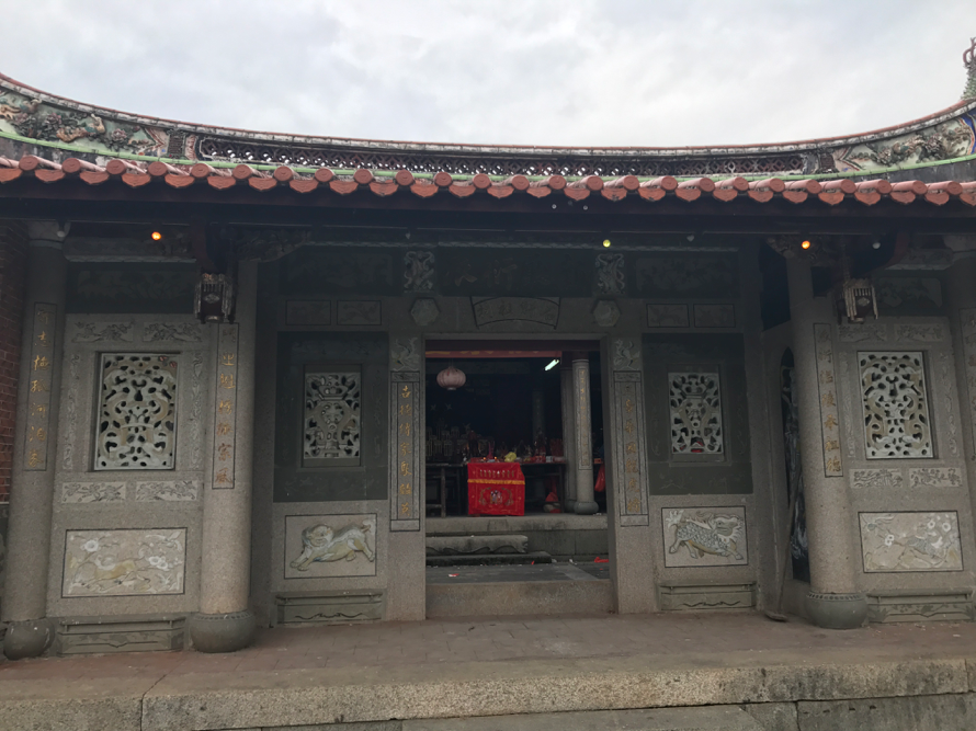 A local ancestral hall in Qianning, a patrilineal lineage-based village. Photo taken by author in 2017.